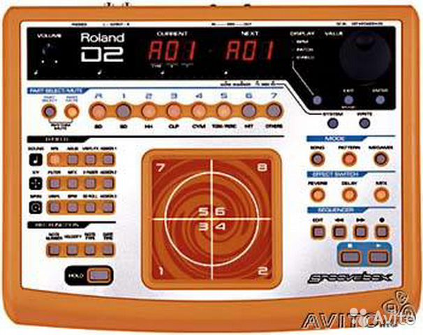 Roland D2 (Groove Box)