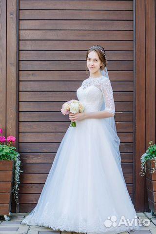 5dd094345817963 Свадебное платье купить в Кировской области на Avito — Объявления на ...
