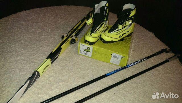 Беговые лыжи +ботинки .состояние новых— фотография №1. Адрес  Санкт- Петербург ... 8d866066dd5