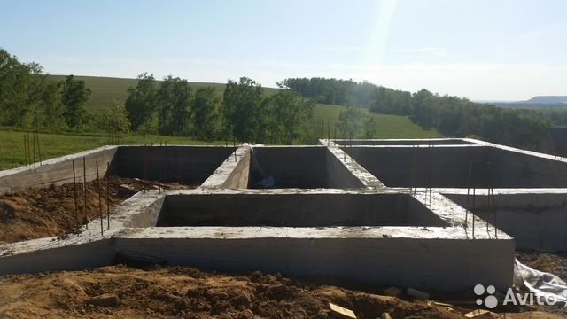 бетон земляники