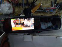 Видеорегистратор DVR в зеркале